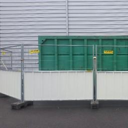 Barrière mixte de chantier en bac acier