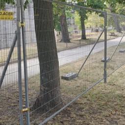 grille de chantier anti vandalisme avec jambe de force