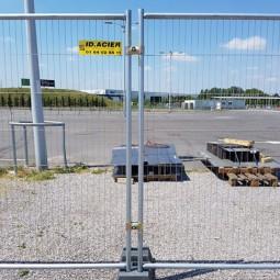 Collier de sécurité sur barrières grillagées