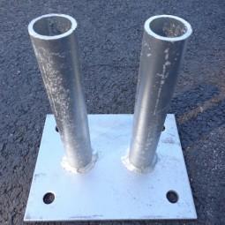 Platine double pour barrière de chantier