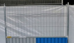 Barrière mixte